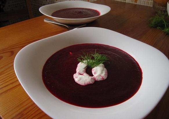 Ó, az a csodálatos cékla – Sült cékla leves tormakrémmel