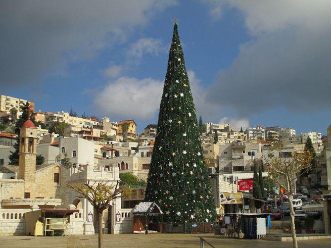 Karácsonyfa Názáretben