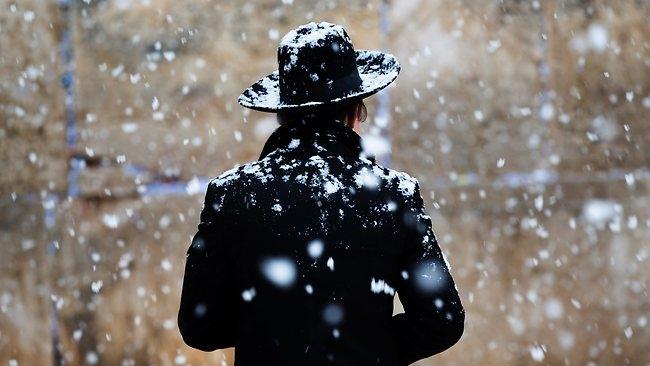 Szokatlan hóvihar: rendkívüli a helyzet Izraelben