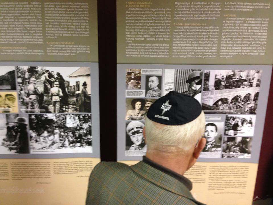 Elhurcolt Életek vándorkiállítás Debrecenben