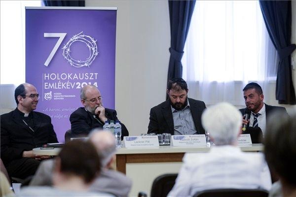 Katolikus püspök: felelős a korabeli kormány a zsidók ellen elkövetett tettekért