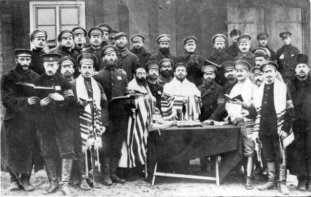 Orosz zsidó katonák imádkoznak