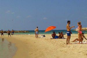 Izrael: a turisták előtt továbbra is nyitva I.