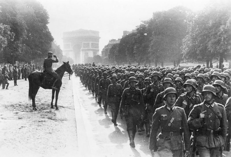 Amerika szociális juttatásokat fizetett a kiutasított náciknak