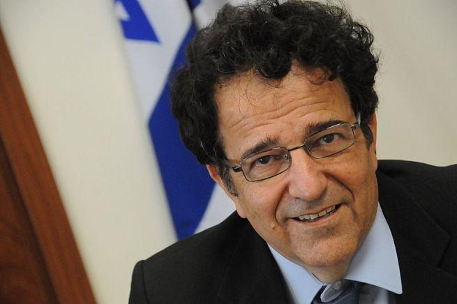 Aaron Ben Zeev