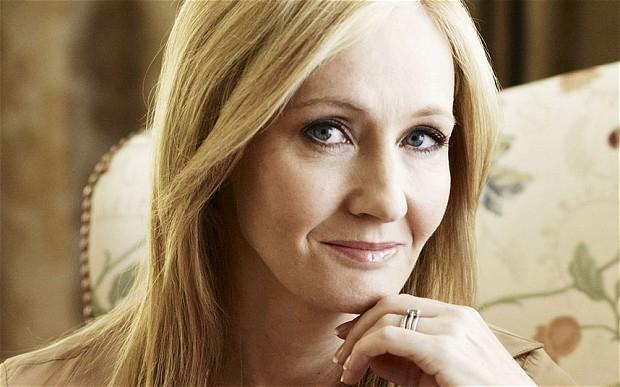 Összeszólalkozott J. K. Rowling és Rupert Murdoch a muszlimok felelősségét illetően