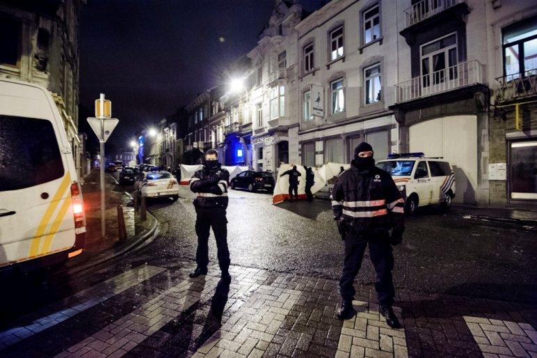 A németek nem féltik a demokráciát, de tartanak az újabb terrorakcióktól