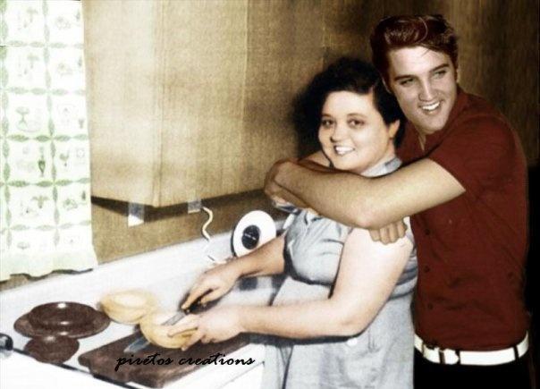 Ritka fotók Elvisről