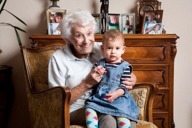 A 88 éves Ágnes néni és dédunokája