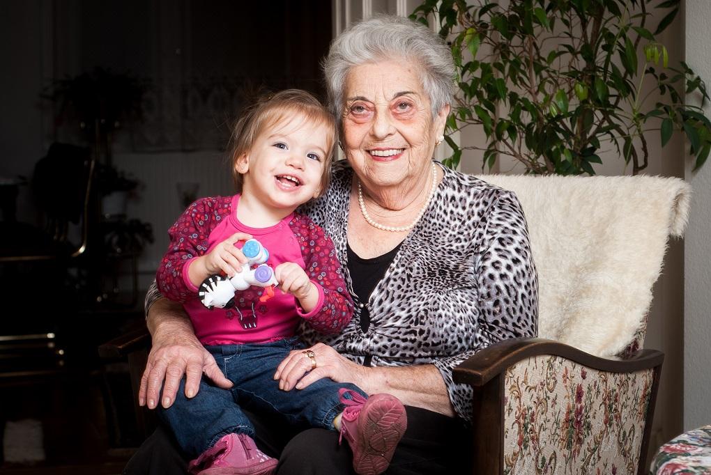 70 év unokái