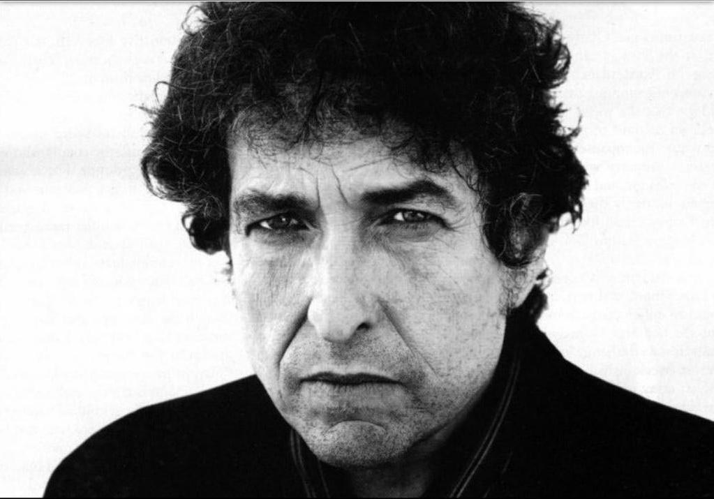 Bob Dylan kapta az Év Embere díjat egy Grammy gálán