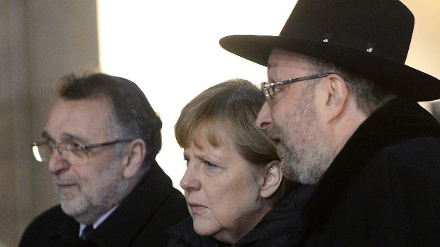 Szimbolikus jelentőségű találkozó Merkel és zsidó előljárók között