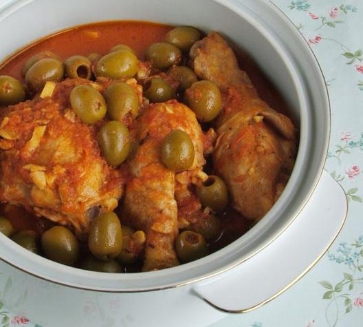 A mi izraeli konyhánk: marokkói zsidó csirkepörkölt