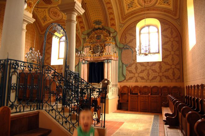mádi zsinagóga