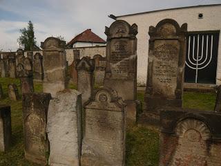 olaszliszkai zsidó temető
