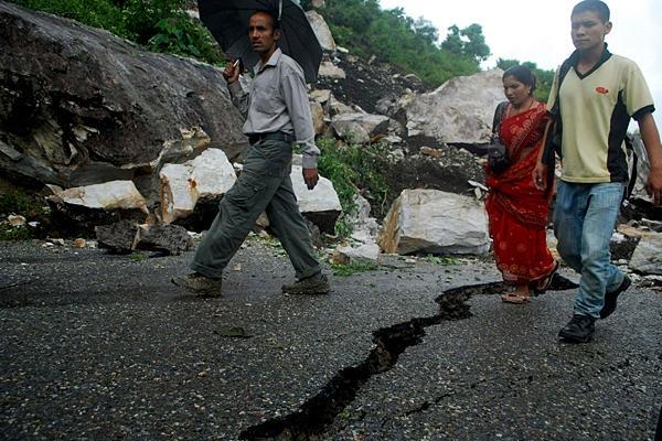 Izrael: első a nepáli segélyezésben