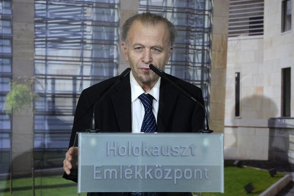 Lemondott a Holokauszt Emlékközpont vezetője