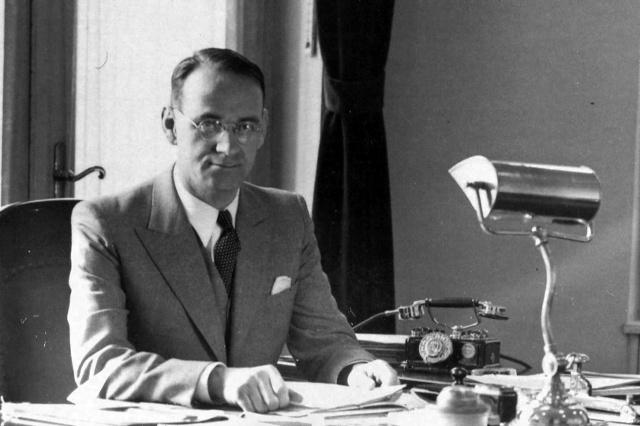 Segíts, ha ismerted Carl Lutz zsidómentő budapesti konzult!