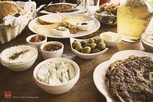 A mi izraeli konyhánk: az izraeli reggeli