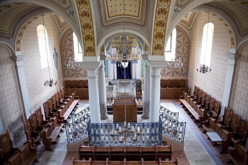 Mád: helyreállított zsinagóga, hiányzó közösség