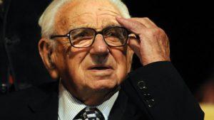 Emléktáblát avattak a zsidómentő Sir Nicholas Wintonnak Budapesten