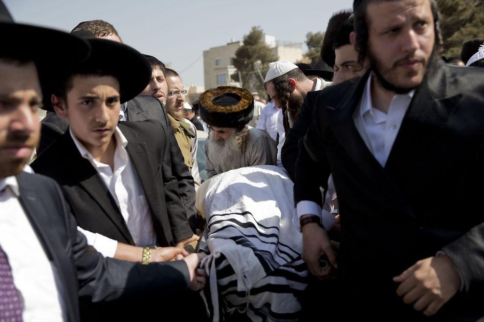Adakozz az izraeli terror áldozatainak!