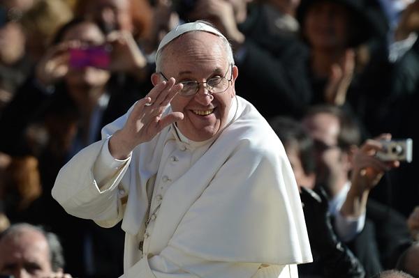 Ferenc pápa elítélte az antiszemitizmust