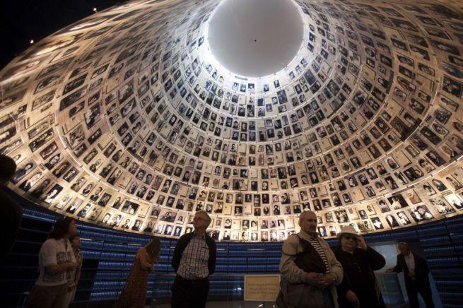 JERUZSÁLEM – A Jad Vasem holokauszt-emlékmúzeum a második világháború sok millió zsidó áldozatára emlékeztet.