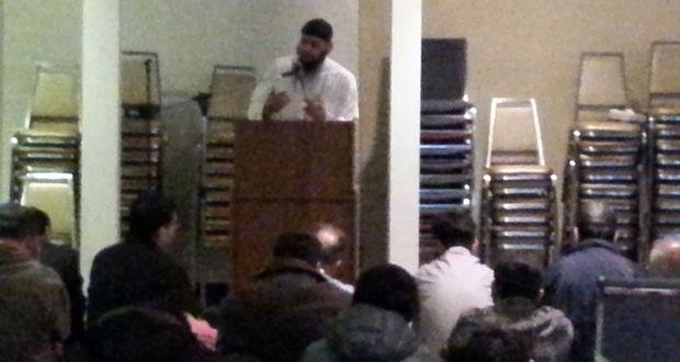Péntek esti ima a Bét Izrael zsinagógában