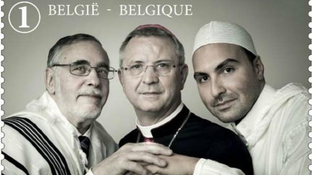 Rabbi, imám és püspök egy közös bélyegen