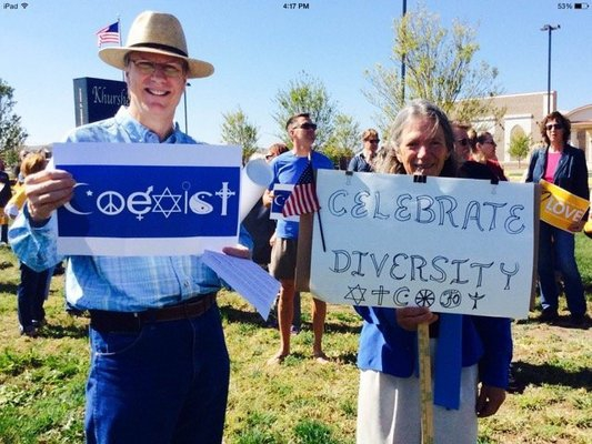 A hummuszt terjesszétek, ne a gyűlöletet! – zsidó-muszlim békemozgalom
