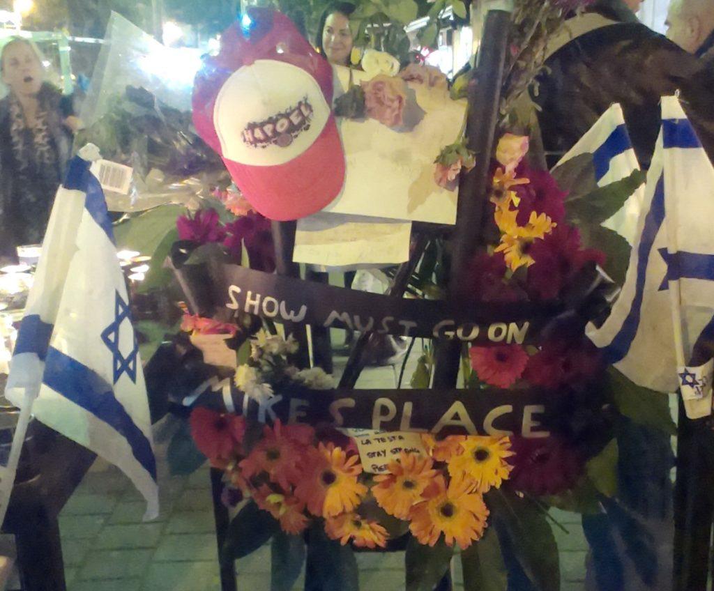 Tel-avivi merénylet: happy hour a kocsmákban a félelem ellen