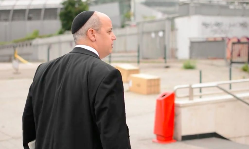 Két rabbi egy napja