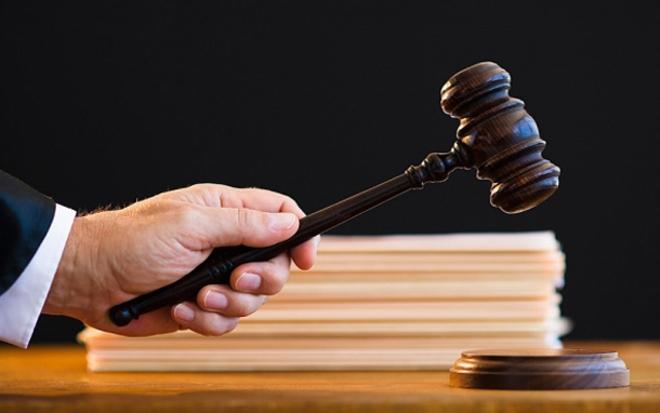 Holokauszttagadásért pénzbüntetésre ítéltek egy férfit