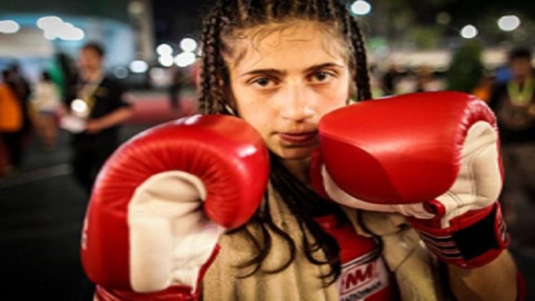 Vallásos iskolából a kick box világába