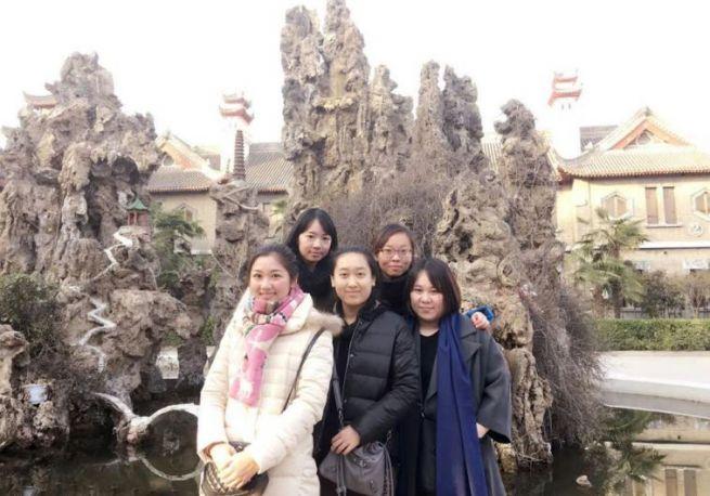 """Gao Yichen (""""Weiwei""""), Yue Ting, Li Jing, Li Yuan, and Li Chengjin (""""Lulu"""")."""