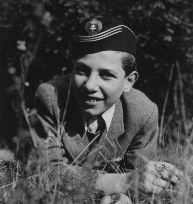 6 Parádfürdőn 1942 nyarán