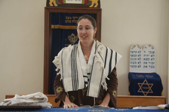 Alona Lisitsa Rabbi
