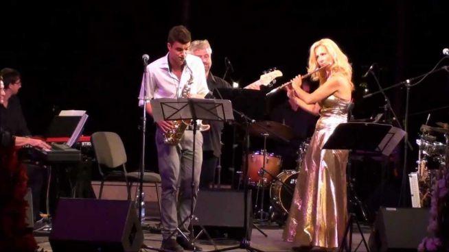 Horgas Eszter és a Class Jazz Band