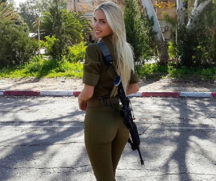 Izraeli modell katonalányként lett sztár az Instagramon