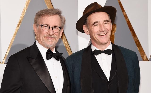 Steven Spielberg egy kikeresztelkedett zsidó pápáról forgat filmet