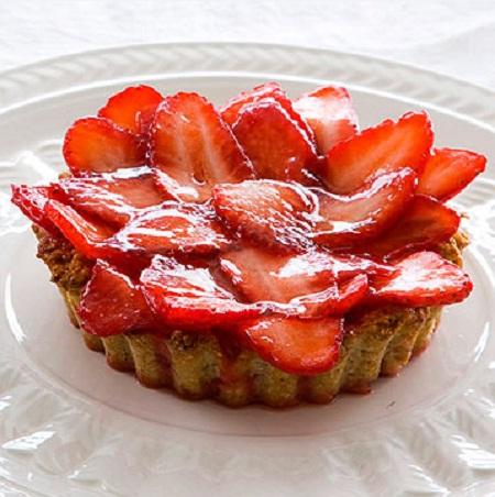 A mi izraeli konyhánk: epres sütemény