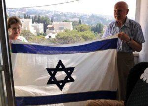 """Izrael 68! – """"A zászló tartotta bennünk a hitet, hogy egyszer még lehet egy saját országunk"""""""