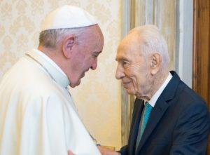 Simon Peresz Ferenc pápához látogatott