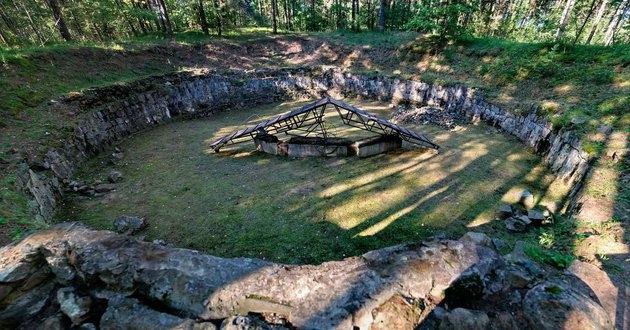 Megtalálták a legendás kanalakkal ásott világháborús alagutat!