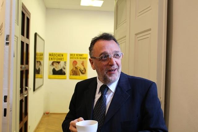 Mazsihisz: a kormány tisztázza Szakály Sándorhoz való viszonyát