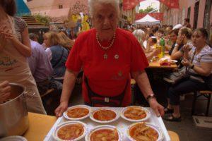 Önkéntes ételosztók kaptak vacsorát a Judafesten