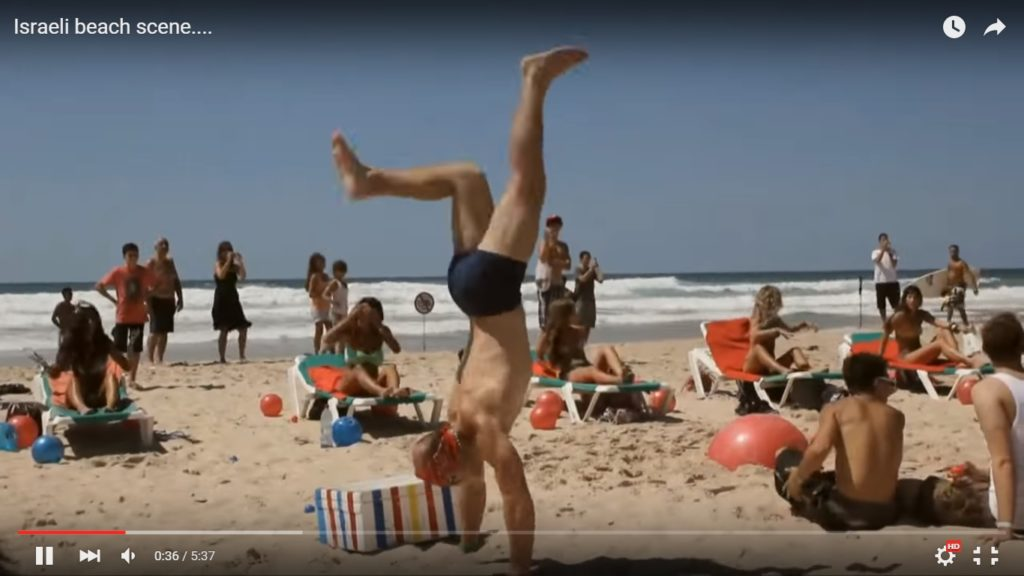 Őrült izraeli tengerparti jelenet