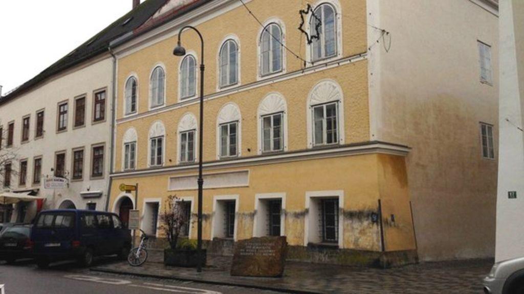 Leromboltatná Hitler szülőházát az osztrák belügyminiszter