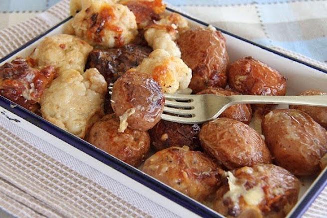 A mi izraeli konyhánk: sajtos burgonya karfiollal